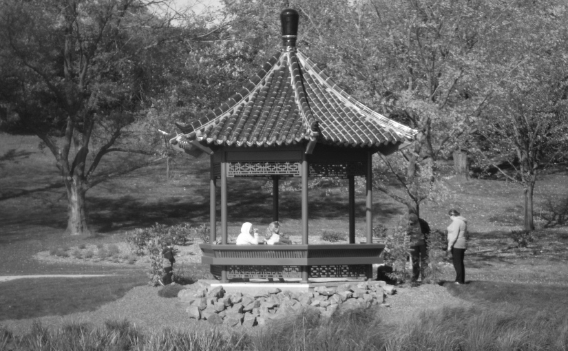 Black and white photo of a Chinese pavilion in Minnesota.